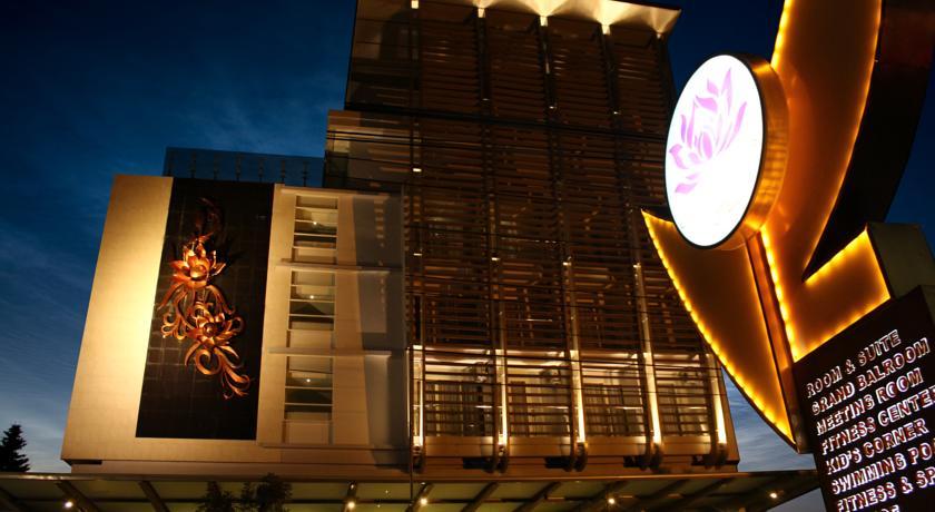 Crystal Lotus Hotel Yogyakarta by Prabu