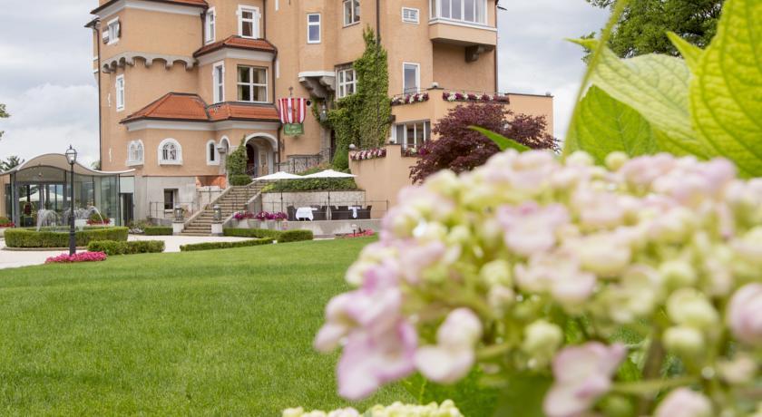 Hotel Schloss M?nchstein