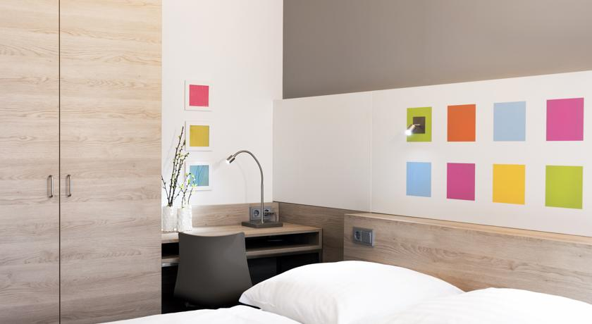 Business & Budget Hotel Tessin